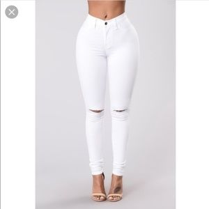 Fashion nova white canopy jeans